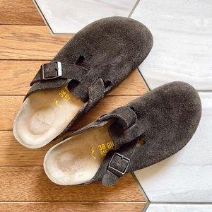Birkenstock Boston Clog Soft Footbed Suede Mocha